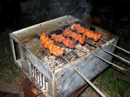 image copied from http://www.joe-ks.com/archives_apr2005/ComputerBarbecue.htm